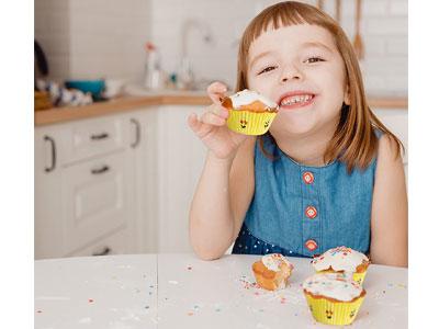emoji cupcakes holders