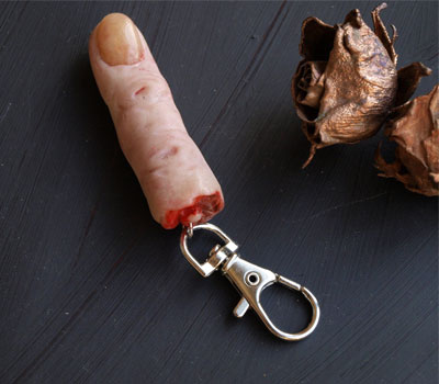 Severed-Finger-Keychain